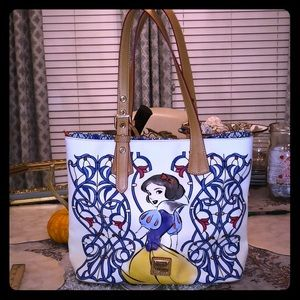 Disney Dooney & Bourke Snow White Purse Tote Bag